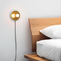 Minimalist Gold Aria Wall Light